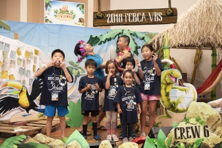 2018 FCBCA VBS Crew 6 Photo silly